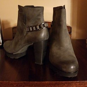 Paul Geeen Ankle Boots